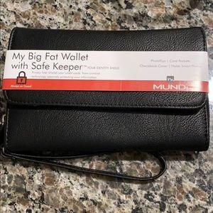 "MUNDi ""my big fat wallet with safe keeper"""